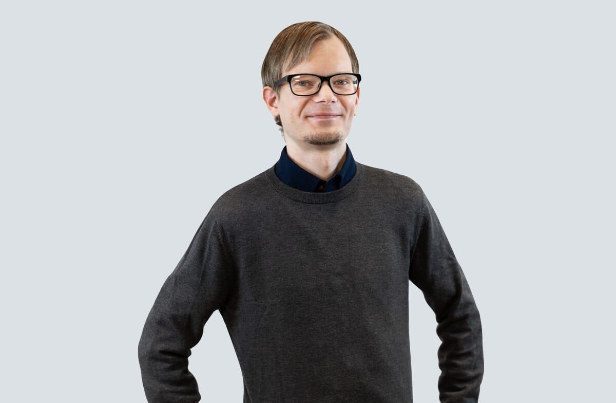 Mikael Larsen